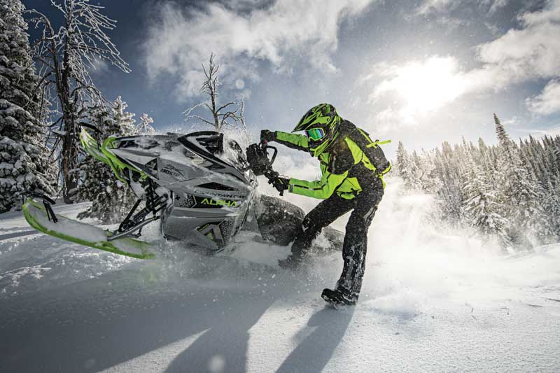 Arctic Cat M8000 Moutain Cat Alpha Ane 2020